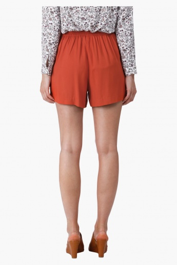 Tie Up Shorts in Regular Fit