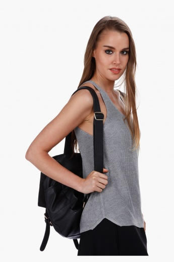 Sleeveless Crop Tank Top in Regular Fit