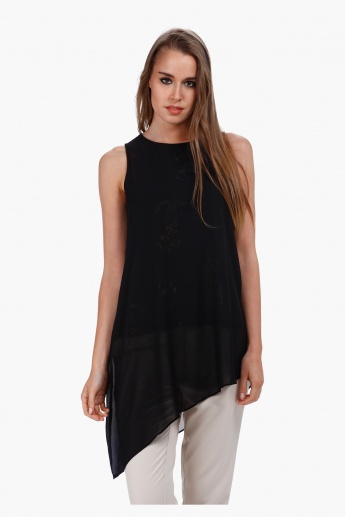 Asymmetric Sleeveless Top with Prints in Regular Fit
