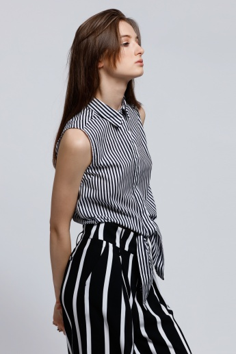 Striped Sleeveless Shirt with Concealed Placket and Tie Up Hem