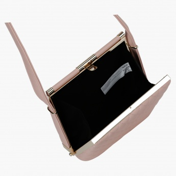 Clutch Bag with Metalic Closure