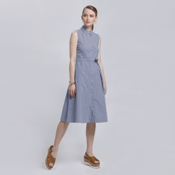 Chequered Sleeveless Dress with Tie Up Belt