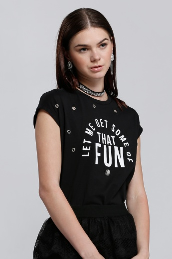 Printed Round Neck T-Shirt with Short Sleeves and Eyelet Detail