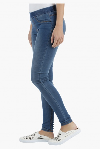 Basic Denim Jeggings in Skinny Fit
