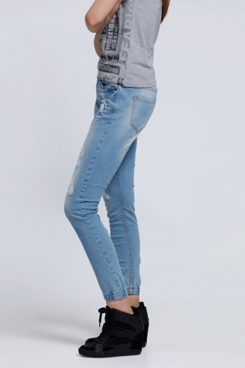 Full Length Distressed Jeans with Pocket Detail