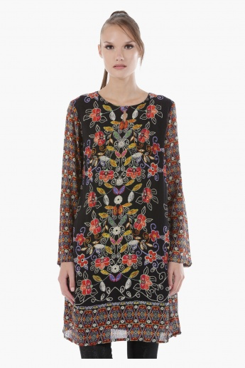 Printed Tunic With Scoop Neck and Long Sleeves in Regular Fit