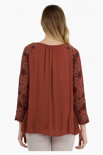 Long Sleeves Top with Embroidery Detail