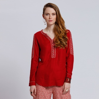 Embroidered Long Sleeves Top with V-Neck