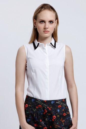 Sleeveless Shirt with Spread Collar
