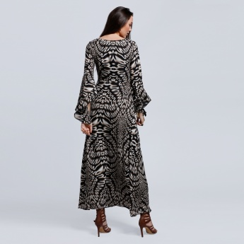 Regenerated Printed Maxi Dress with Flair Sleeves and Round Neck