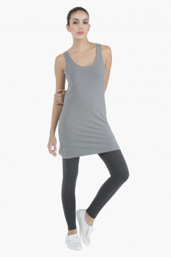 Basic Long Top in Regular Fit