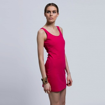Sleeveless Long Top with Round Neck