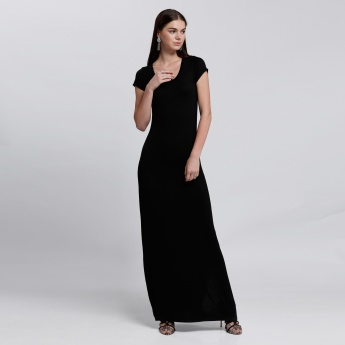 Maxi Dress with Short Sleeves and Round Neck