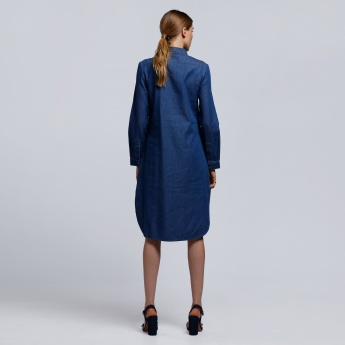 Long Sleeves Dress with Spread Collar and Half Button Placket