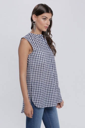 Chequered Sleeveless Tunic with Mandarin Collar