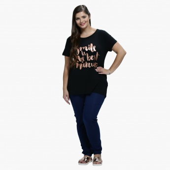 Plus Size Printed T-Shirt with Round Neck in Regular Fit