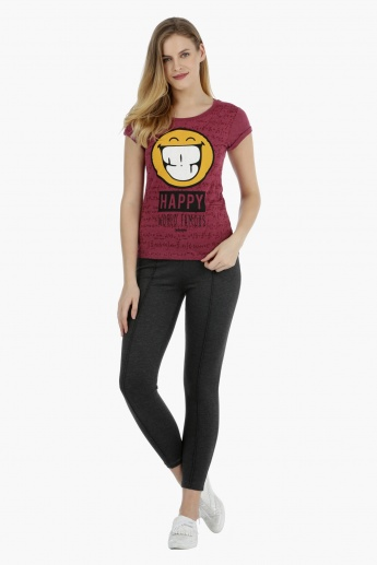 Smiley World Short-sleeved Graphic T-shirt