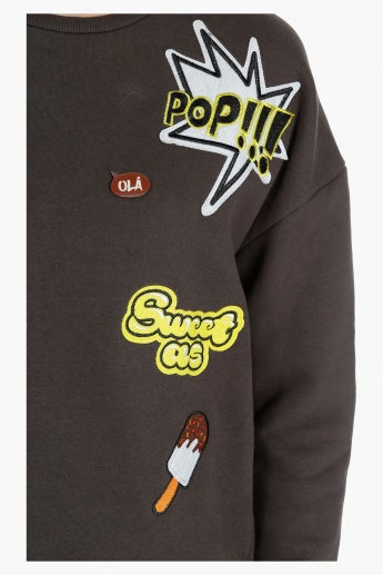 Long Sleeves Sweatshirt with Badge Appliques