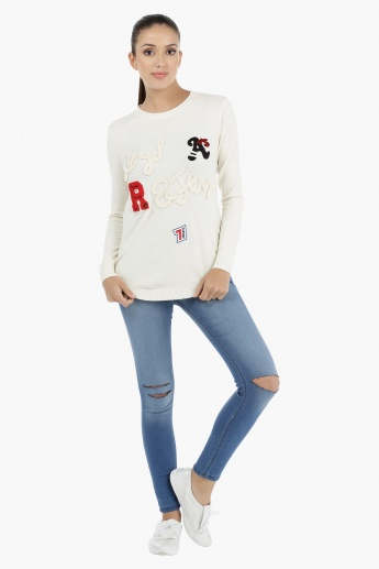 Sweater with Long Sleeves and Appliques