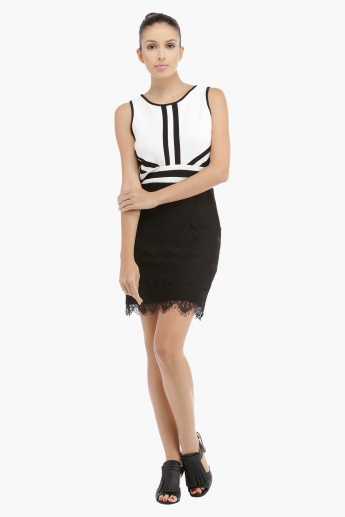Bodycon Dress with Lace Trims