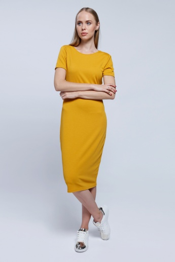 2Xtremz Bodycon Maxi Dress With Round Neck and Short Sleeves