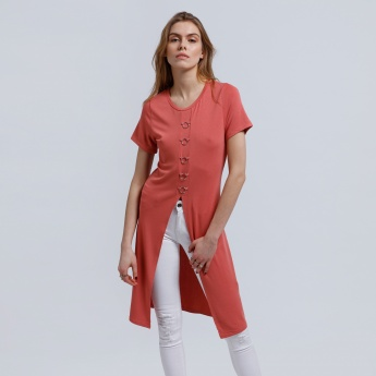 Front Slit Long Top with Round Neck and Short Sleeves