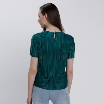 Round Neck Pleat Shell Top with Short Sleeves