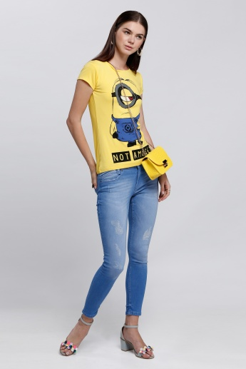 Minion Printed T-Shirt with Short Sleeves and Round Neck