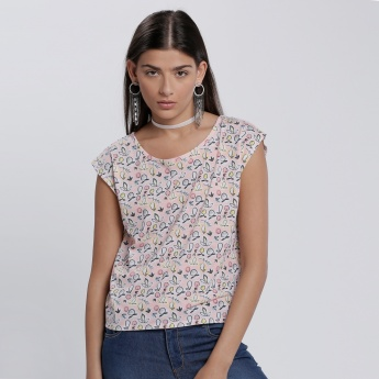 Printed T-Shirt with Cap Sleeves and Round Neck