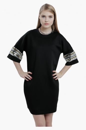 Embellished Dress with Round Neck